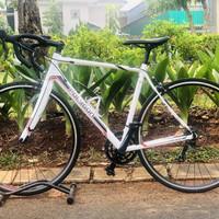 Sepeda Balap Polygon Helios C3