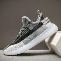 Sale ImportSepatu sneakers inspirasi adidas yeezy 350 V2 (SIZE 39- 44)