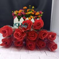 setangkai mawar/setangkai bunga Pastik/mawar merah