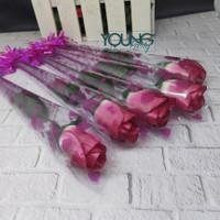 Setangkai mawar/setangkai bunga mawar /bunga plastik warna pink fanta