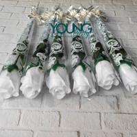 setangkai mawar/Setangkai mawar Pastik/bunga mawar putih