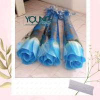 setangkai bunga mawar/Setangkai mawar Pastik/Mawar warna biru