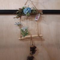 Hiasan Dinding Kayu Bunga