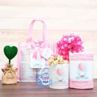 Souvenir baby born / hampers one month / baby hampers