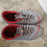 PRELOVED - Sepatu Futsal Nike ORIGINAL - Nike jr Vapor 12 club - Size
