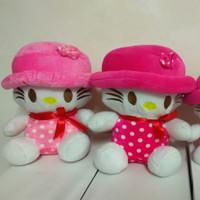 BONEKA Hello Kitty Topi Ukuran Sedang (M)