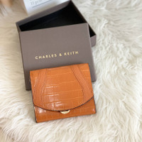 C81116 Dompet Charles and Keith Original