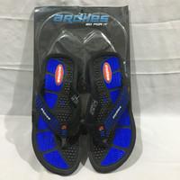 Sandal jepit pria ARDILES SANTORO HITAM/BIRU