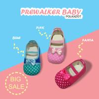 sepatu prewalker bayi perempuan Motif Polkadot