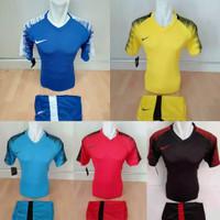 Baju Olahraga Pria Kaos Bola Jersey Futsal Setelan Volly NIKE 30