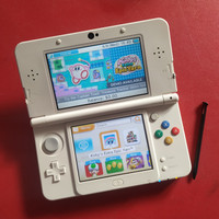 Nintendo New 3DS Super Mario