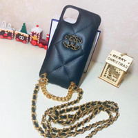 Case nagita iphone 11 11 pro max 12 12 pro max mini rantai chanel tali - Hitam, ip 11