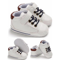 Sepatu Bayi Laki Laki Import Prewalker Bayi Line White - Ukuran 1