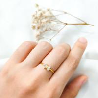 Cincin wanita pita simple permata Putih Cantik Ribbon Ring stack Emas