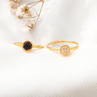 Cincin wanita Bulat simple permata hitam putih Ring Gold Emas asli