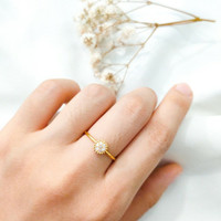 Cincin wanita Bulat simple permata putih Cantik Ring Gold Emas asli