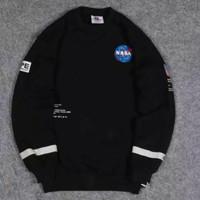 Sweater Crewneck Nasa x Aape Premium Quality - Hitam, M