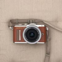 Kamera Mirrorless Olympus PEN E-PL8