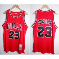 JERSEY BASKET NBA CLASSIC HWC BULLS #23 MICHAEL JORDAN MERAH 97/98 M&N