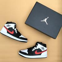Air Jordan 1 Mid Red Chile - 42.5
