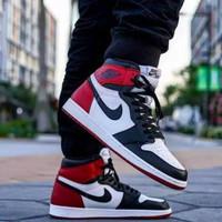"Sepatu Nike Air Jordan 1 Retro High OG Black Toe"""
