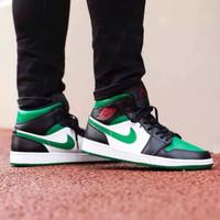 Sepatu Nike Air Jordan 1 Mid Green Toe