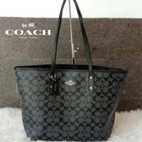 (100% ORIGINAL) Tote Bag Coach Signature Black Zipper Fullset