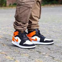 Sepatu Nike Air Jordan 1 Mid Shattered Backboard