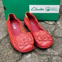 Clarks flat buterfly Size 36-41 Red Kuning Coklat