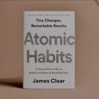 bestseller atomic habits bahasa Inggris