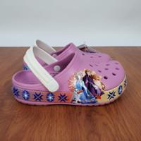 Sandal Crocs Forzen Fun Lab SZ : c7 & J3 ukuran kaki 24-35