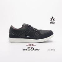Aerostreet 39-42-Targa-Hitam Abu-Sepatu Sneakers Pria - 39