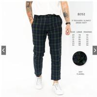 Celana Panjang Pria / Celana Chino Motif Kotak-Kotak