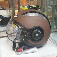 Helm Zeus 218 retro pilot - matt brown