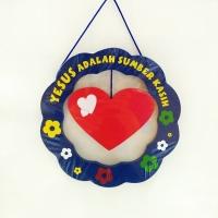 Hiasan Dinding Kayu Bulat-Love