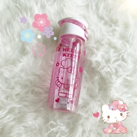 Botol minum hello kitty