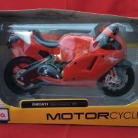 Maisto 1/12 Diecast Motorcycles Ducati Desmosedici RR