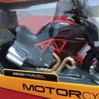 Maisto 1/12 Diecast Motorcycles Ducati Diavel Carbon