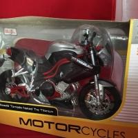 Maisto 1/12 Diecast Motorcycles Benelli Tornado Naked Tre Titanium