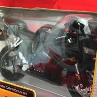 Maisto 1/12 Diecast Motorcycles Honda CBR1000RR