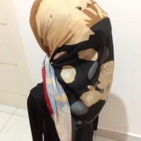 Jilbab Umama - Segiempat Motif paling murah