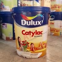 DULUX CATYLAC PAIL 20LT - WHITE / CAT TEMBOK INTERIOR