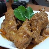 """Kunyit"" Rendang Daging Ayam Kampung 400 gr"