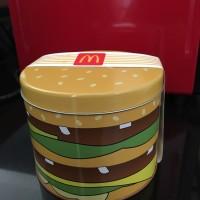 Kotak barang McD bentuk burger