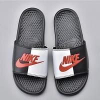 Nike Bennasi JDI Black Game Red