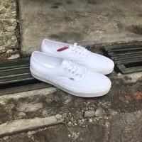 Vans authentic true white global original bnib navya
