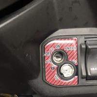 Stiker emblem kunci Vario 150 125 merah carbon