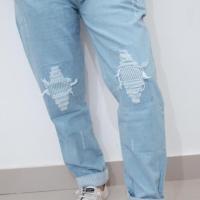 Celana Jeans Wanita Baggy Ripped Motif lipat garis