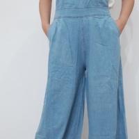 Baju kodok jeans wanita. Jumpsuit kulot pinggang karet biru muda