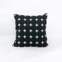 Dekorasi rumah cushion cover / sarung bantal sofa scandinavian - black